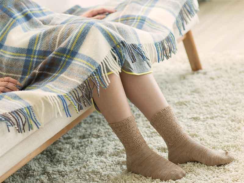 足がむくんでいる妊婦さん