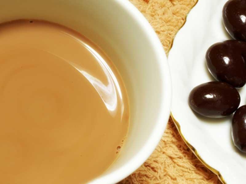 チョコレート飲料とチョコレート