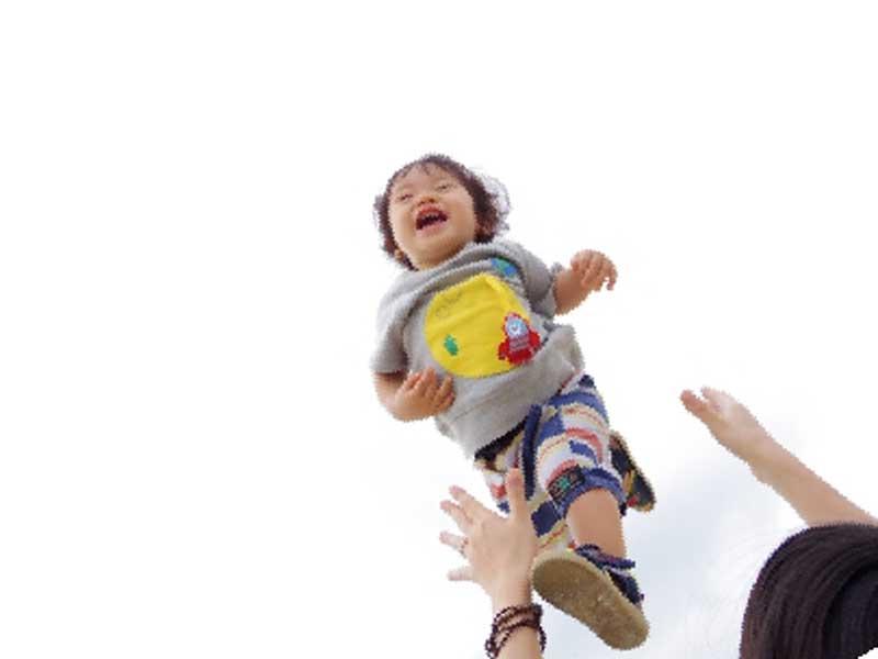 空飛ぶ子供