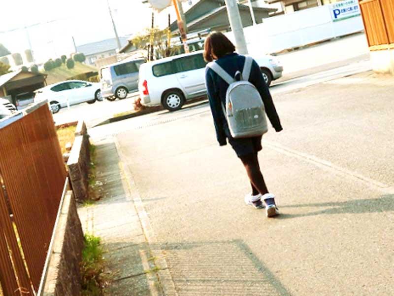 放課後の一人の中学生