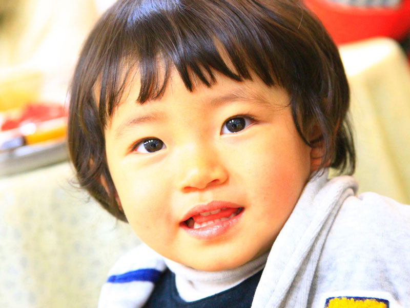 一歳前後の男の子