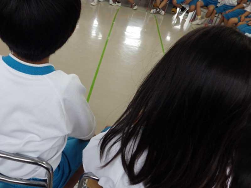 幼稚園の集会