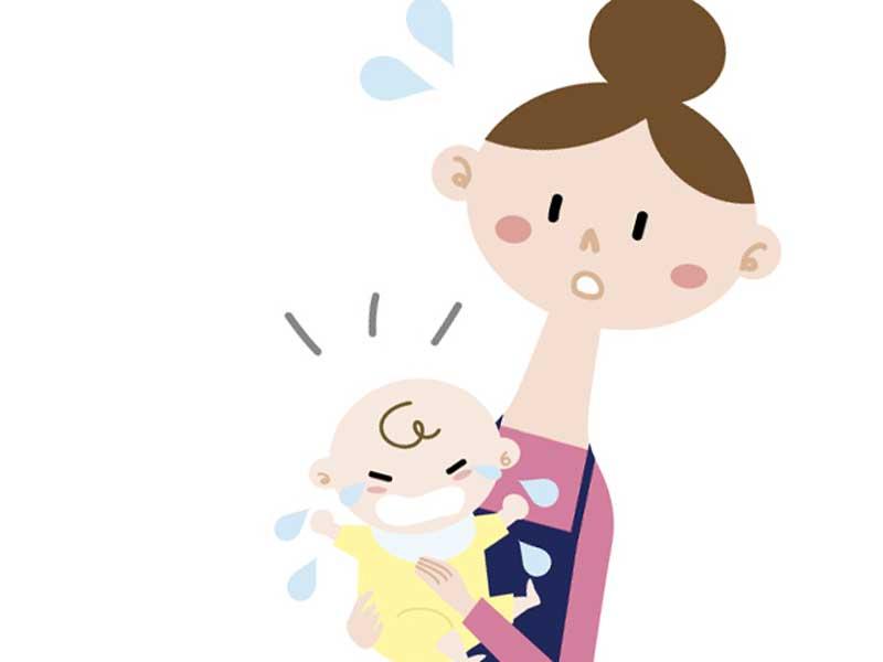 泣いている赤ちゃんを抱っこするお母さんのイラスト