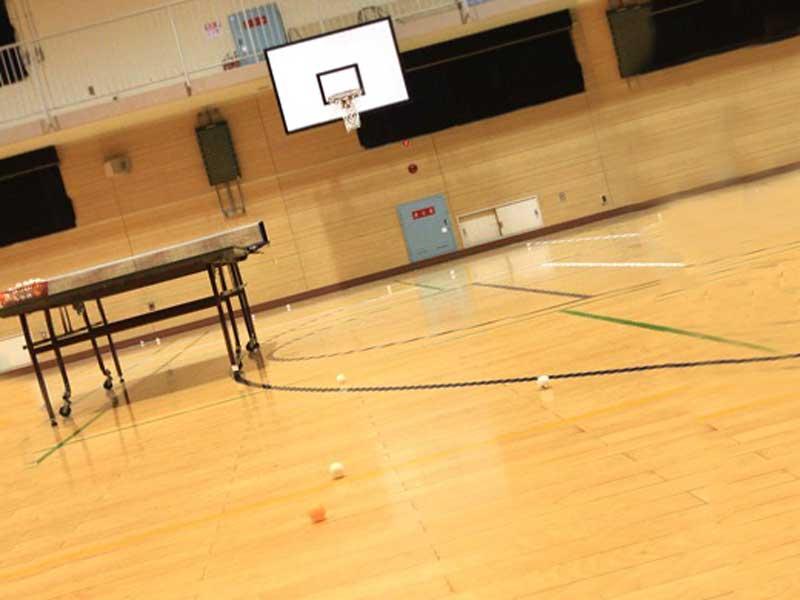 学校の体育館