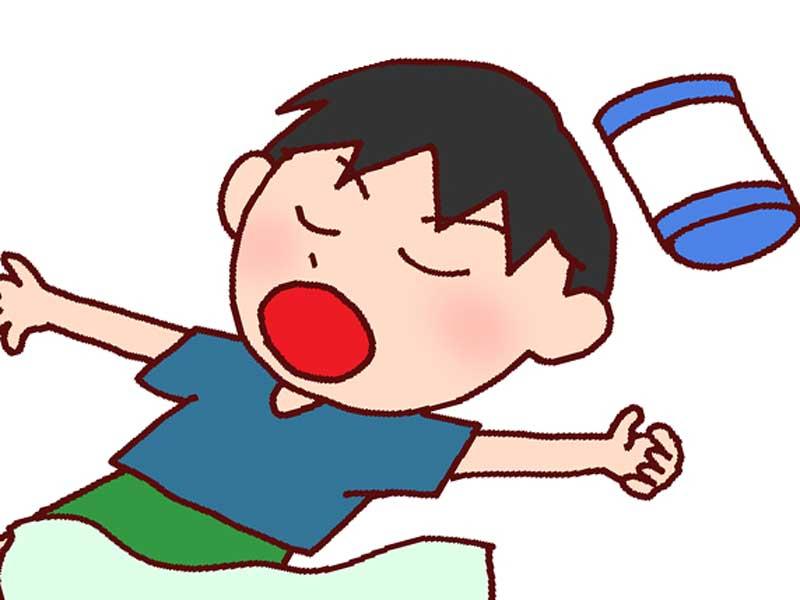 口呼吸で寝ている子供のイラスト