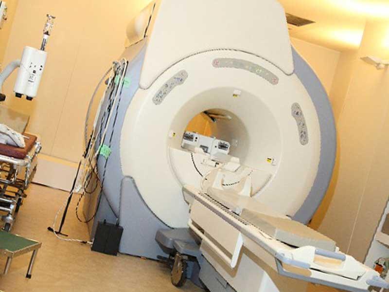 検査機のMRI