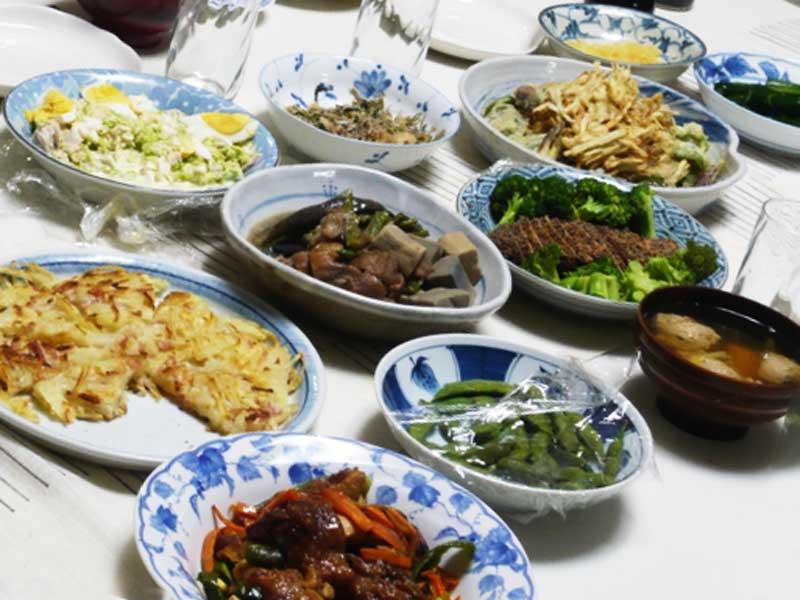 たくさんの料理