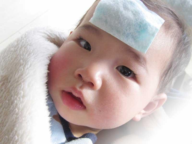 熱が出ている赤ちゃん