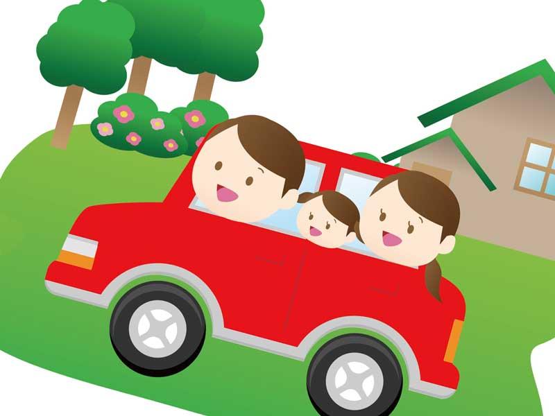 子供を連れてドライブしてる夫婦のイラスト