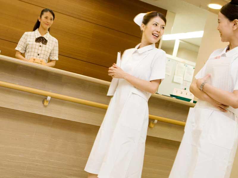 病院にいる看護婦達