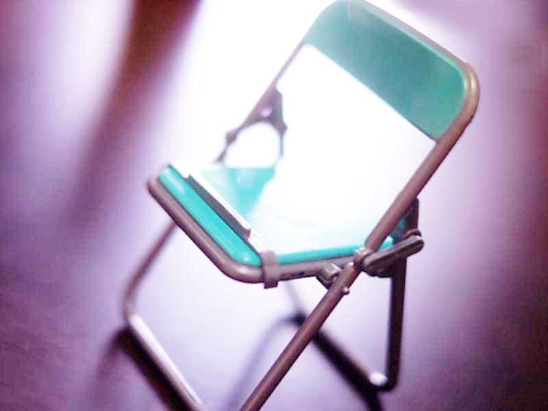 学校ごっこする用の椅子