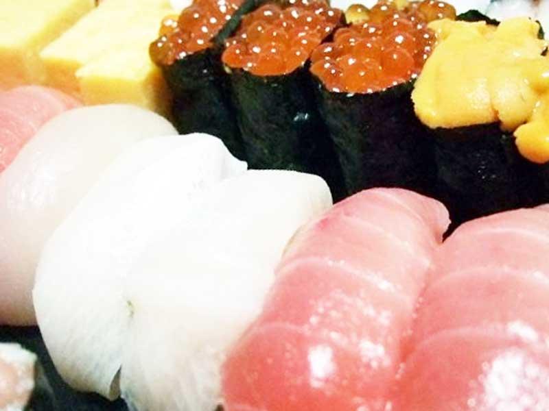 お寿司の詰め合わせ
