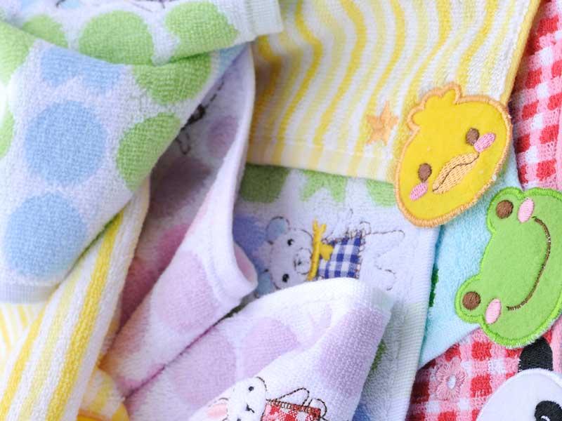 赤ちゃん好きな柄ンのガーゼハンカチ