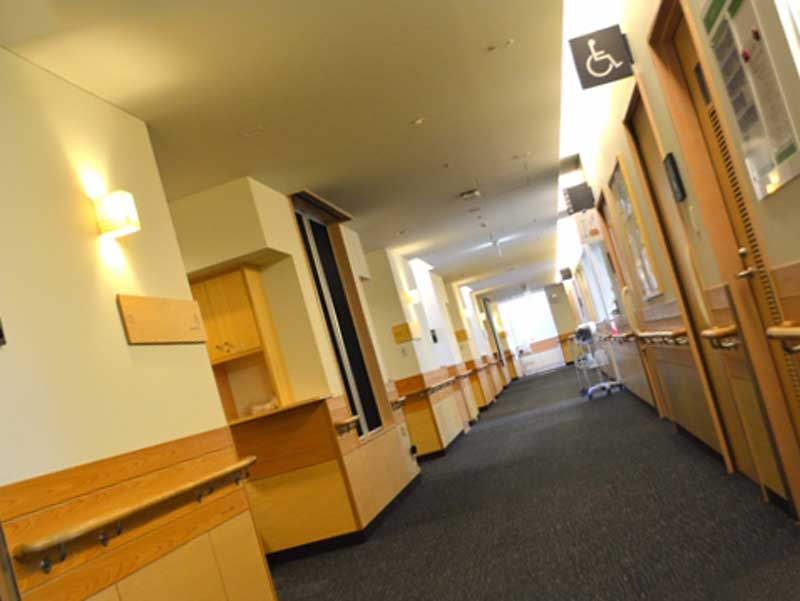 病院の入院棟