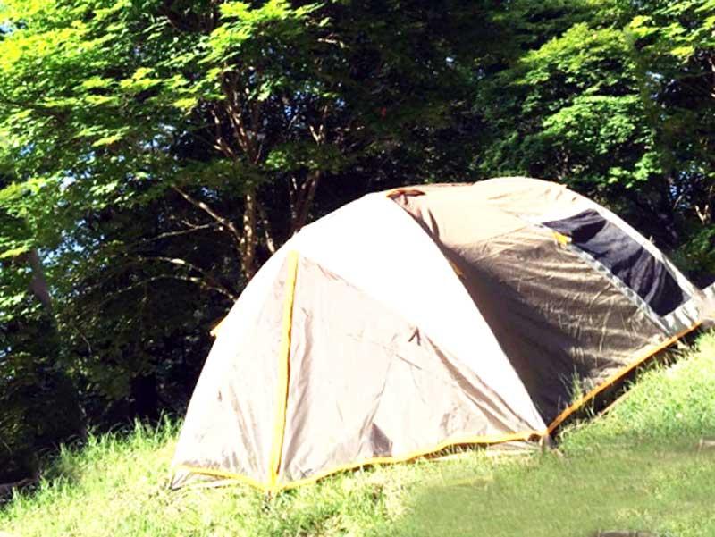 キャンプ用のテント