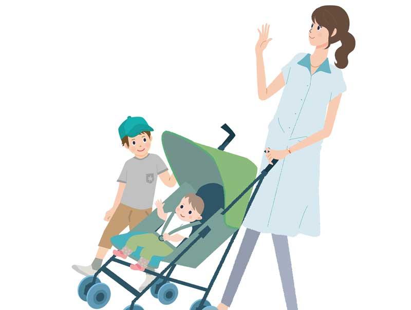 赤ちゃんをバギーに乗せて出かける親子のイラスト