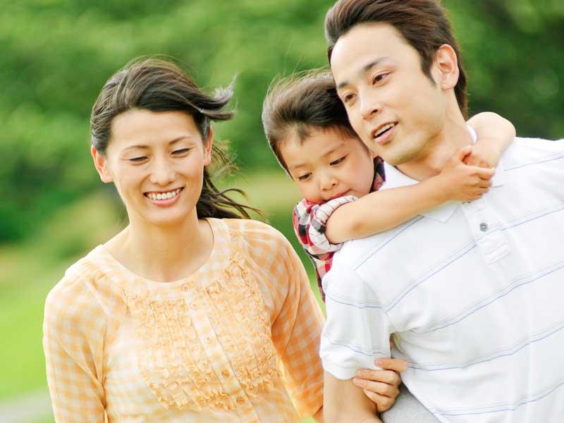 自然と触れ合い家族