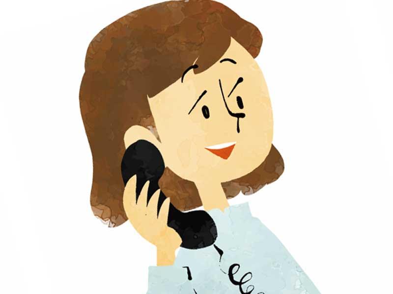 病院に連絡をしている妊婦さんのイラスト