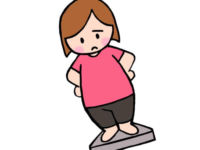 体重を計っているダイエット中の女性のイラスト