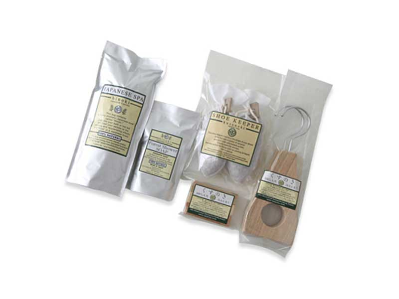 防虫効果のある木の香りいっぱいのセット