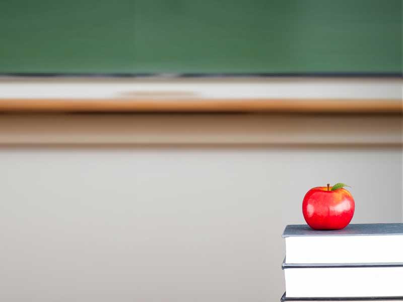 黒板と教科書