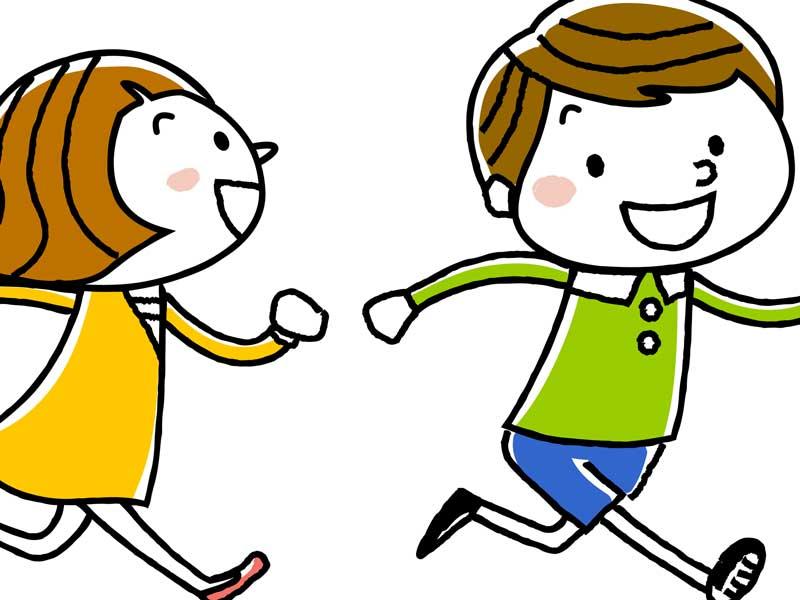 幼稚園で遊んでいる子供達のイラスト