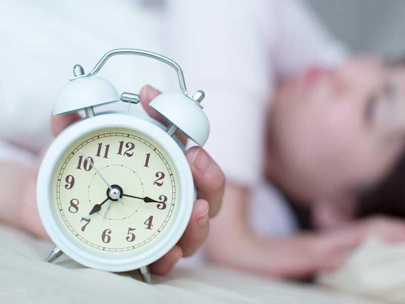 睡眠不足のママ