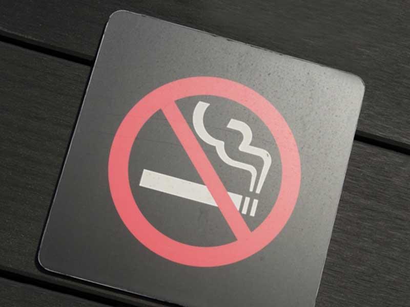 カラオケボックスの禁煙ルーム
