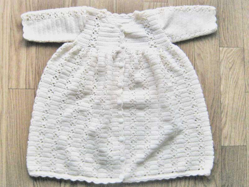 手作りのベビードレス