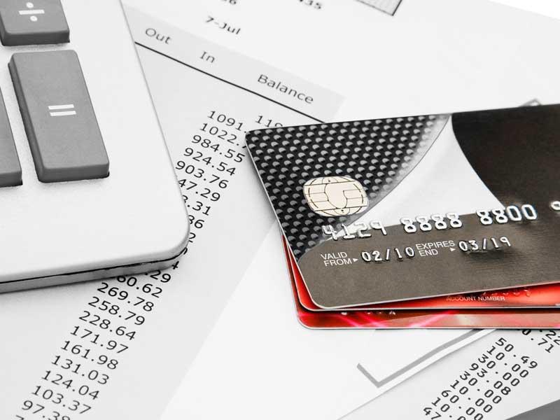 クレジットカードと電卓