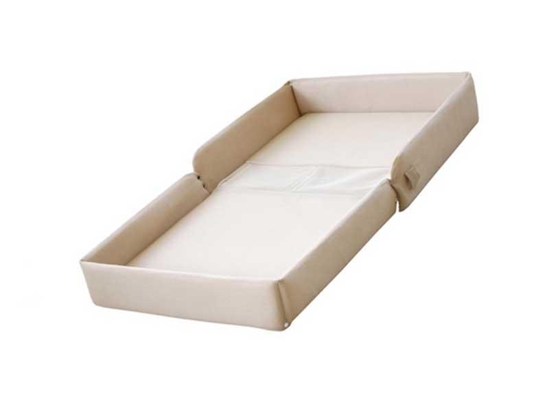 持ち運びベッド'チェンジングプレイス'