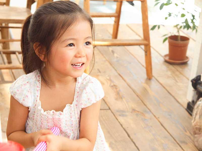 幼稚園生の女の子