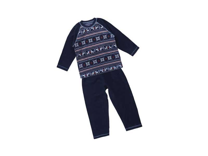 西松屋のフリースパジャマ