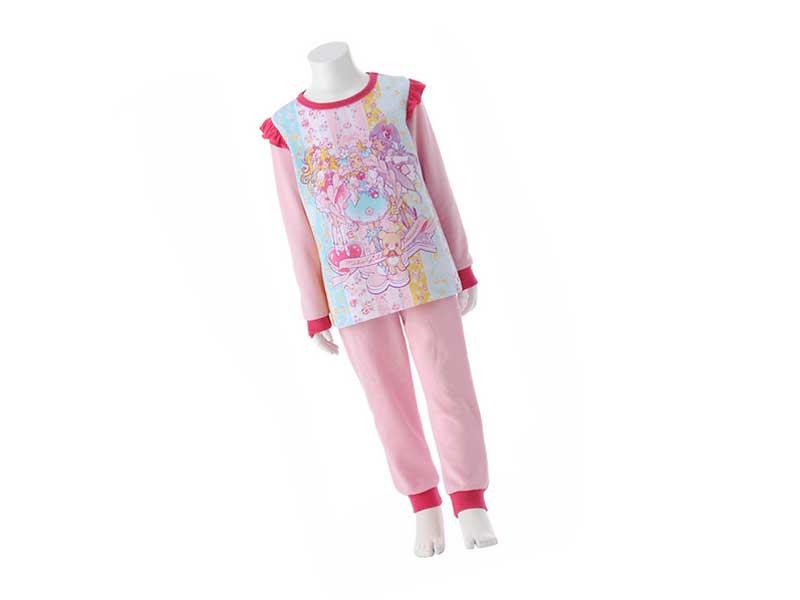 ベルメゾンのガールズ光る長袖パジャマ