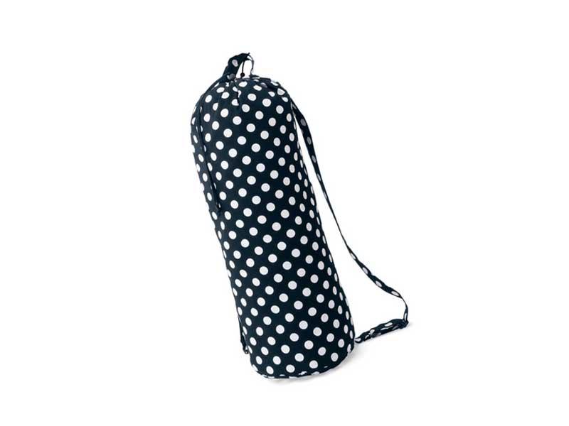 お昼寝布団をコンパクトに収納できるバッグ