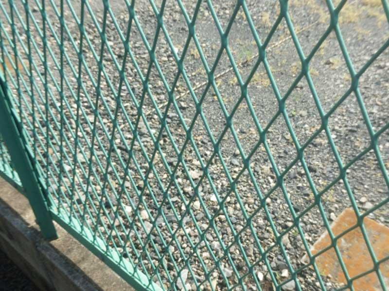 学校のフェンス