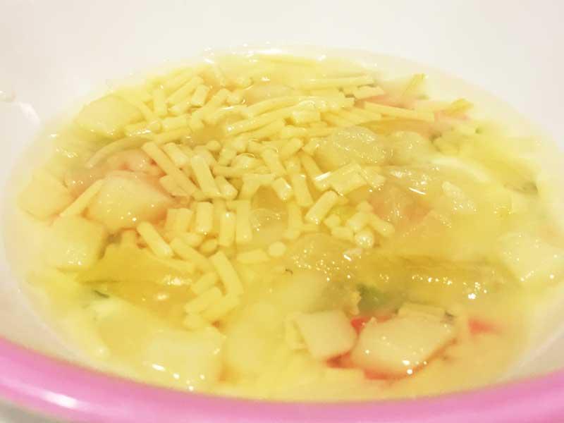 ジャガイモと玉ねぎのスープパスタ