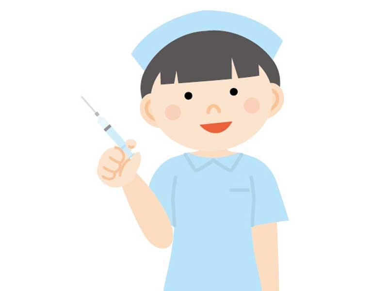 注射器を持つ看護婦さんのイラスト