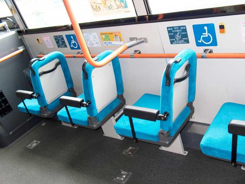 バスの優先座席