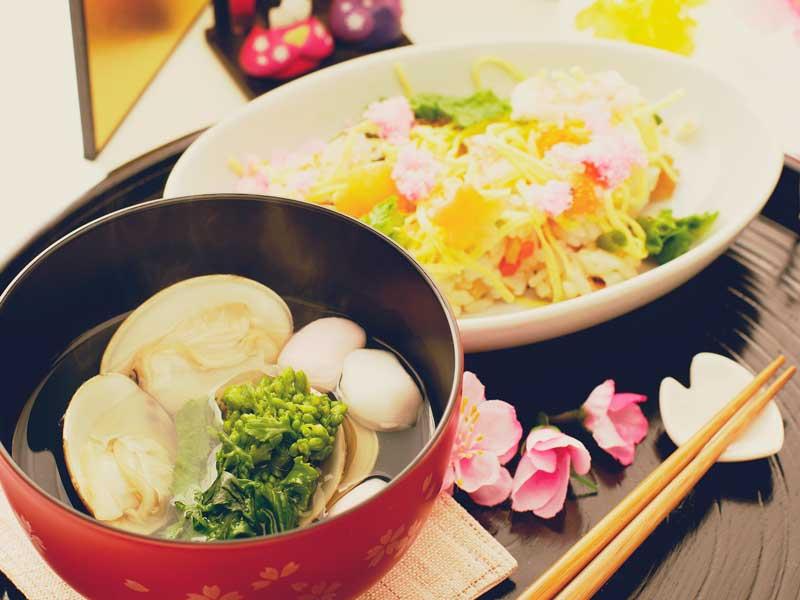 蛤のお吸い物とちらし寿司