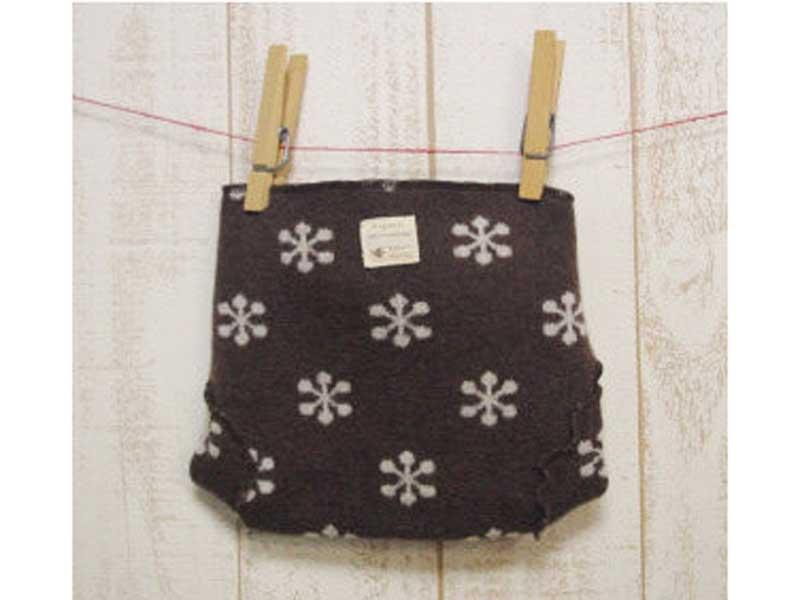 編み柄おむつカバー