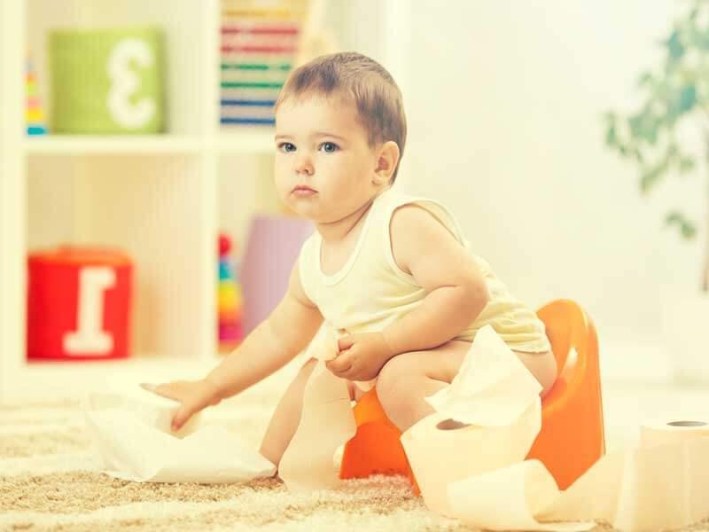 トイレトレーニングする赤ちゃん