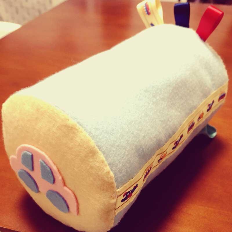 手作りの音の鳴るおもちゃ