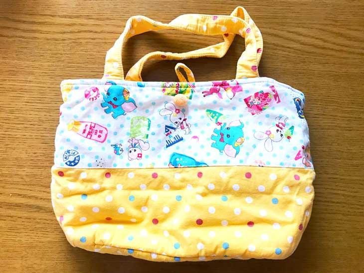 黄色いハンドメイドのお弁当バッグ