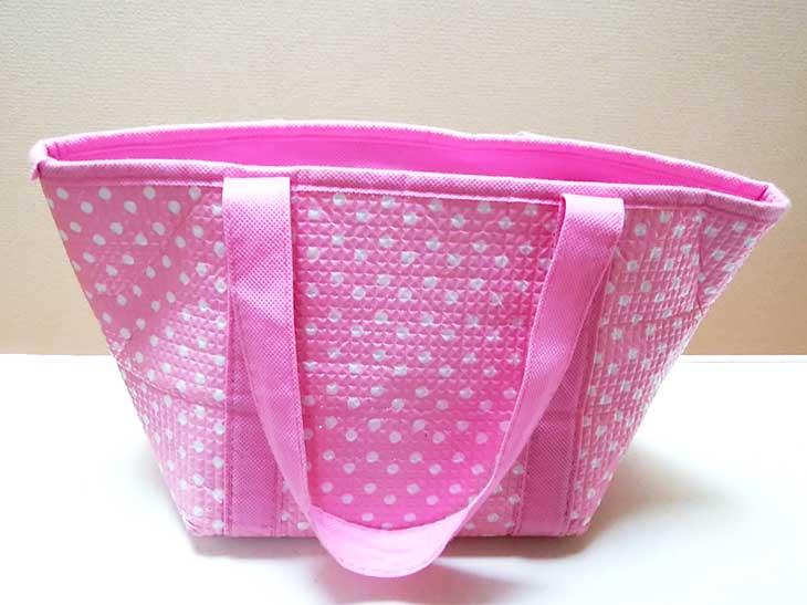100均で買ったピンクのお弁当バッグ