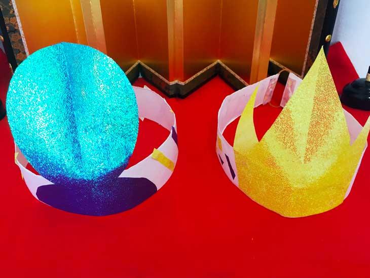 紙で作ったお雛様の冠&お内裏様の烏帽子の完成品