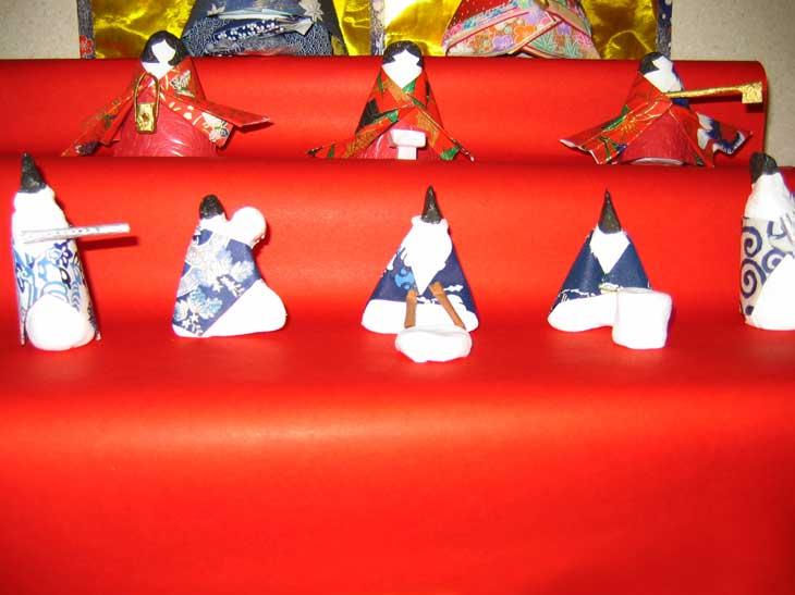 紙粘土の手作り三人官女と五人囃子