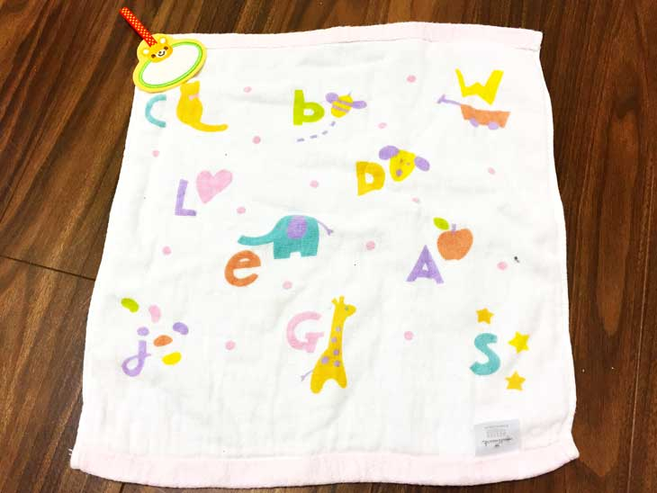 タオルにつけた100円ショップのループタオル用ワッペン