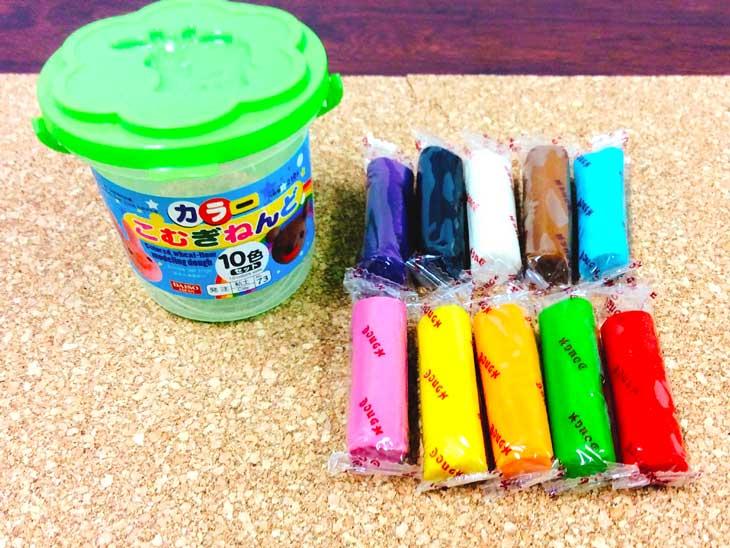 個別包装されたカラーの小麦粉粘土