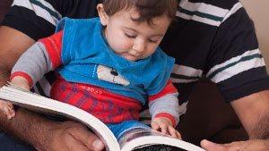 0歳の読み聞かせ効果は無限大!赤ちゃん向けおすすめ絵本10選